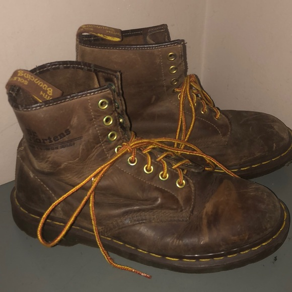 Dr. Martens Other - Dr martens brown leather combat boots sz 10
